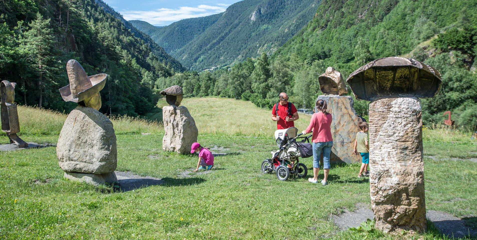 Die Kombination von Natur und Geschichte - ein sehr beliebtes Familienprogramm